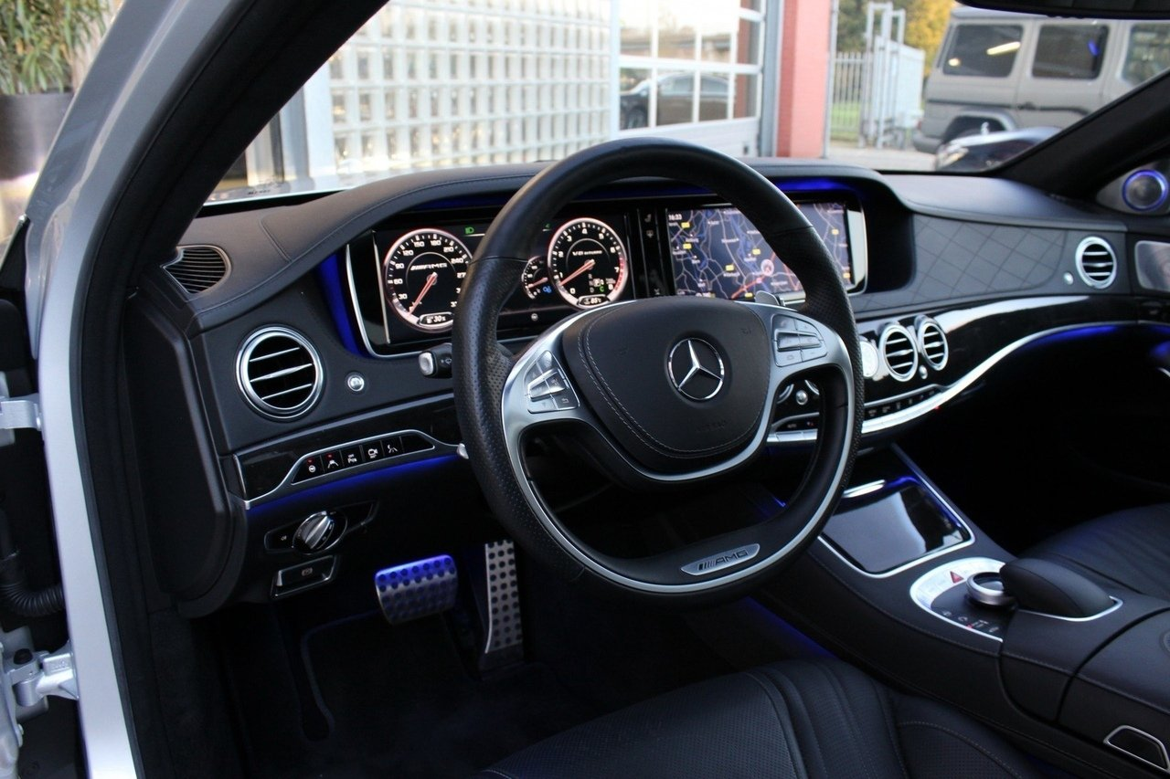 Mercedes-Benz S63 AMG 4Matic (9)
