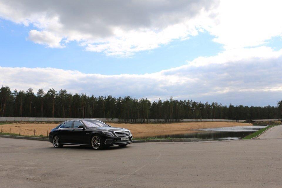 Mercedes-Benz S65 AMG W222 (2)