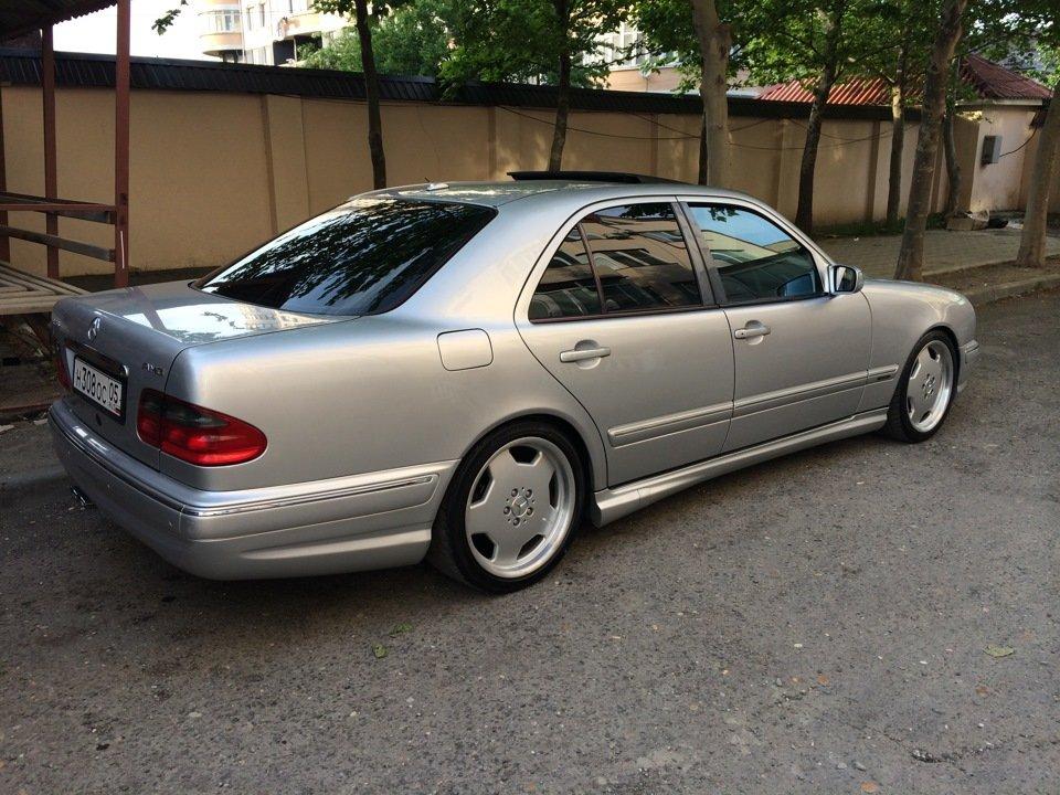Mercedes-Benz W210 E55 AMG (18)