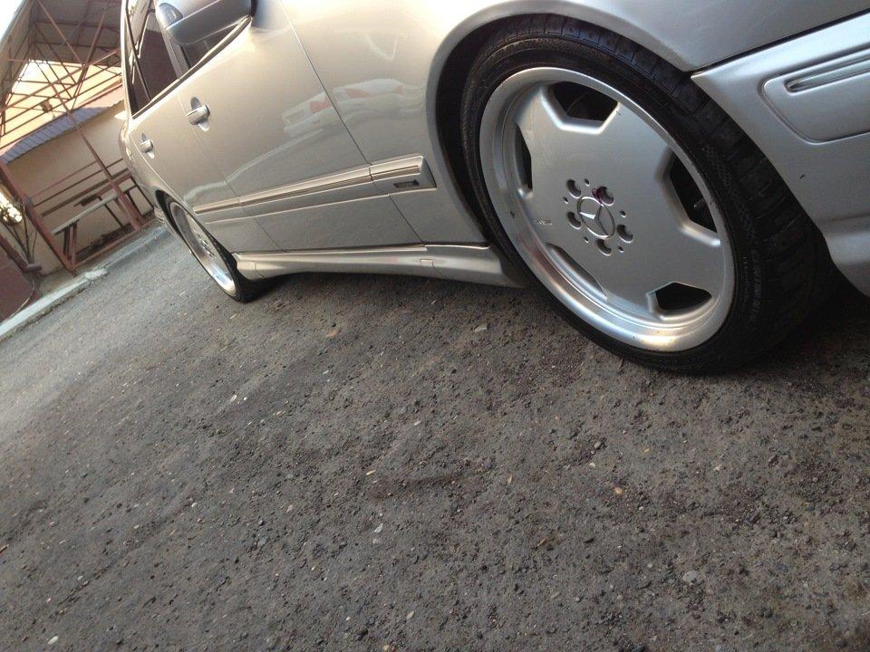 Mercedes-Benz W210 E55 AMG (23)