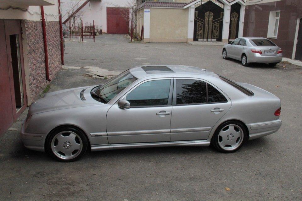 Mercedes-Benz W210 E55 AMG (33)