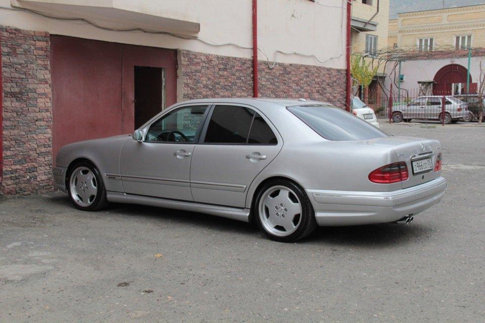 Mercedes-Benz W210 E55 AMG (36)