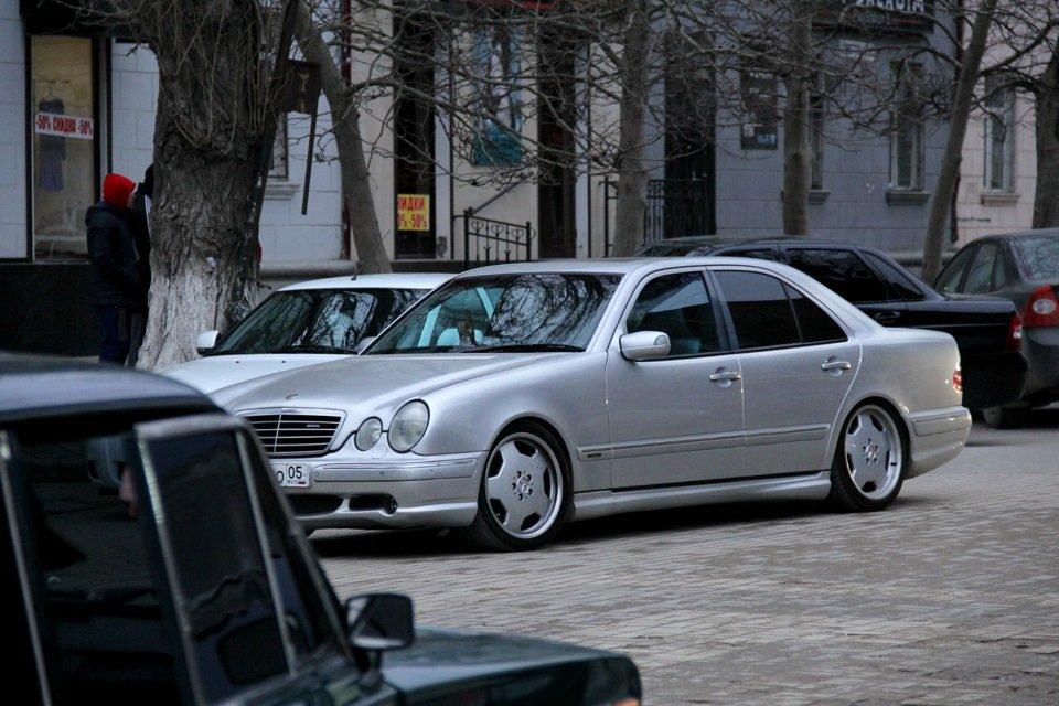 Mercedes-Benz W210 E55 AMG (39)