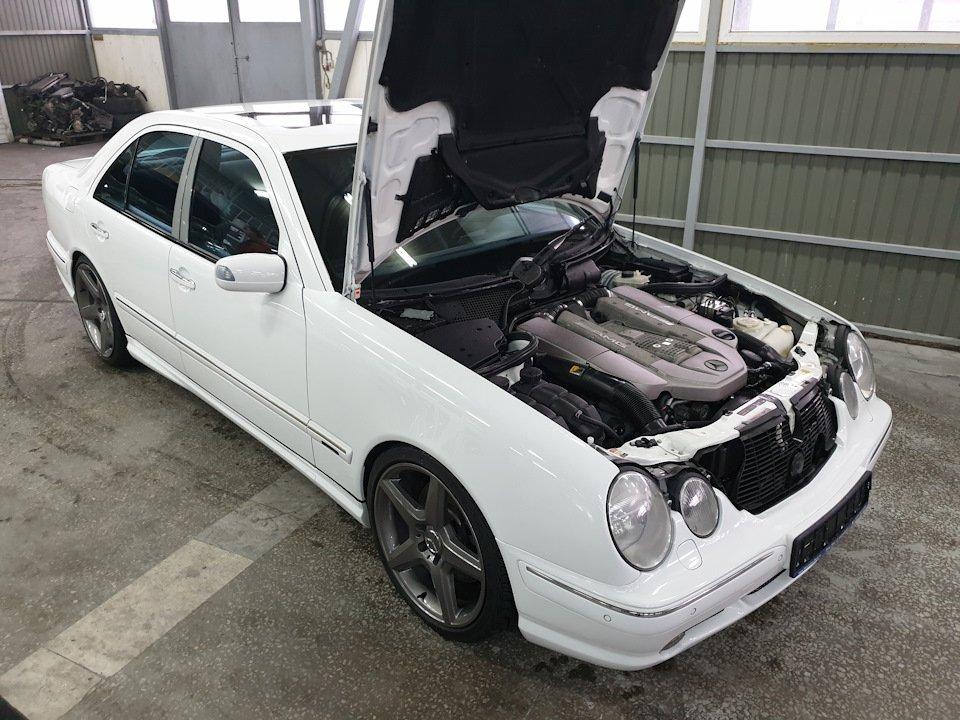Mercedes-Benz W210 E55 Kompressor (11)