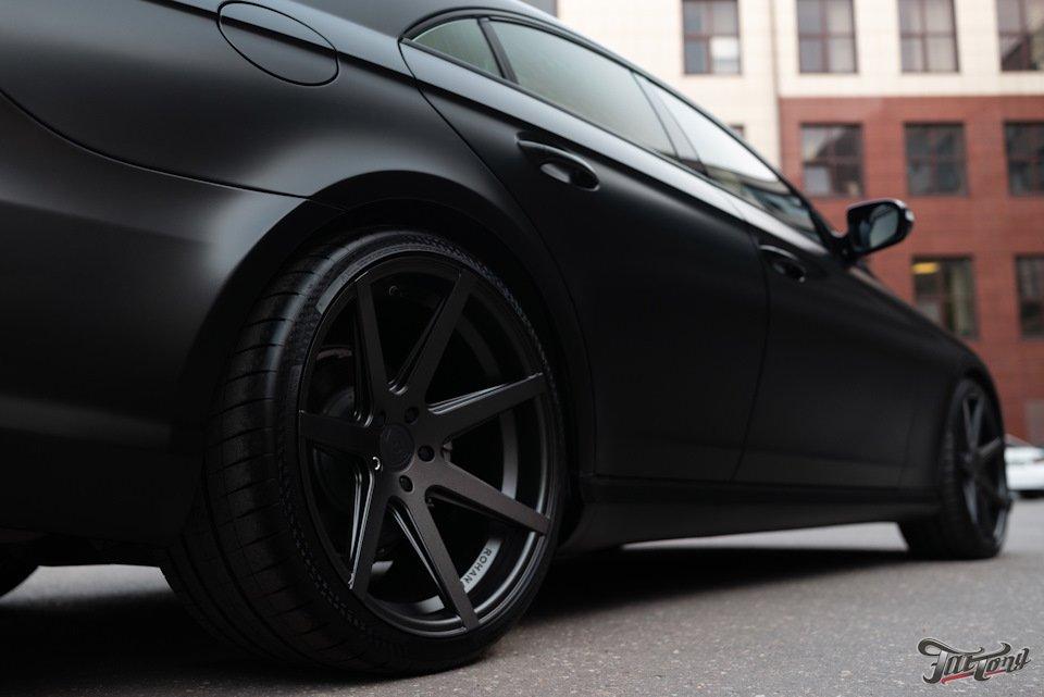 Mercedes-Benz W219 CLS Carbonized (107)