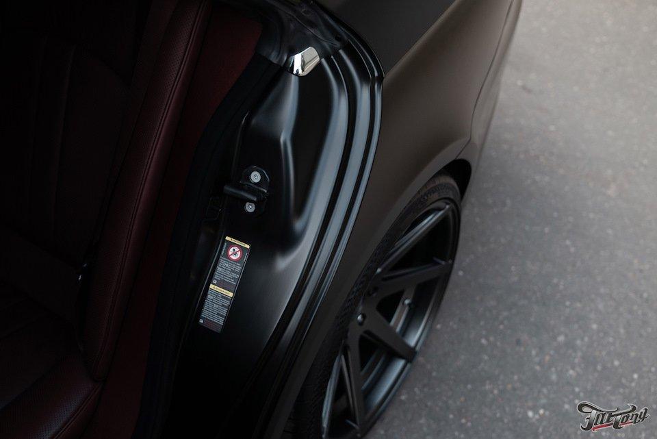Mercedes-Benz W219 CLS Carbonized (114)