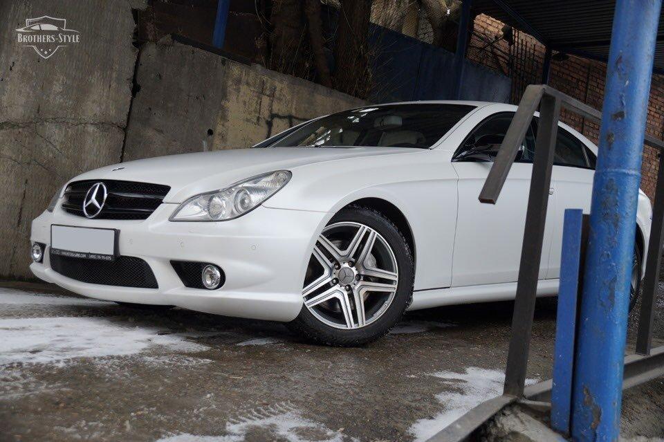 Mercedes-Benz W219 CLS Carbonized (117)