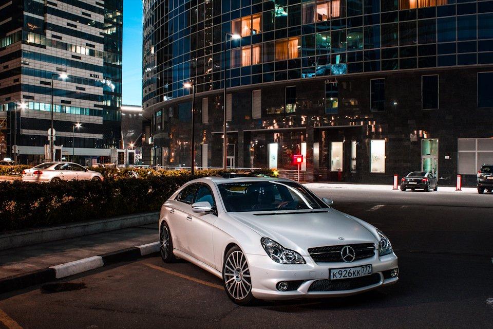 Mercedes-Benz W219 CLS Carbonized (11)