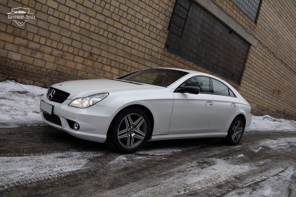 Mercedes-Benz W219 CLS Carbonized (127)