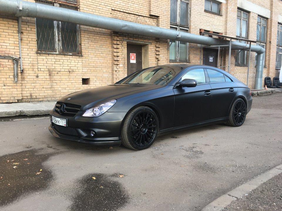 Mercedes-Benz W219 CLS Carbonized (12)