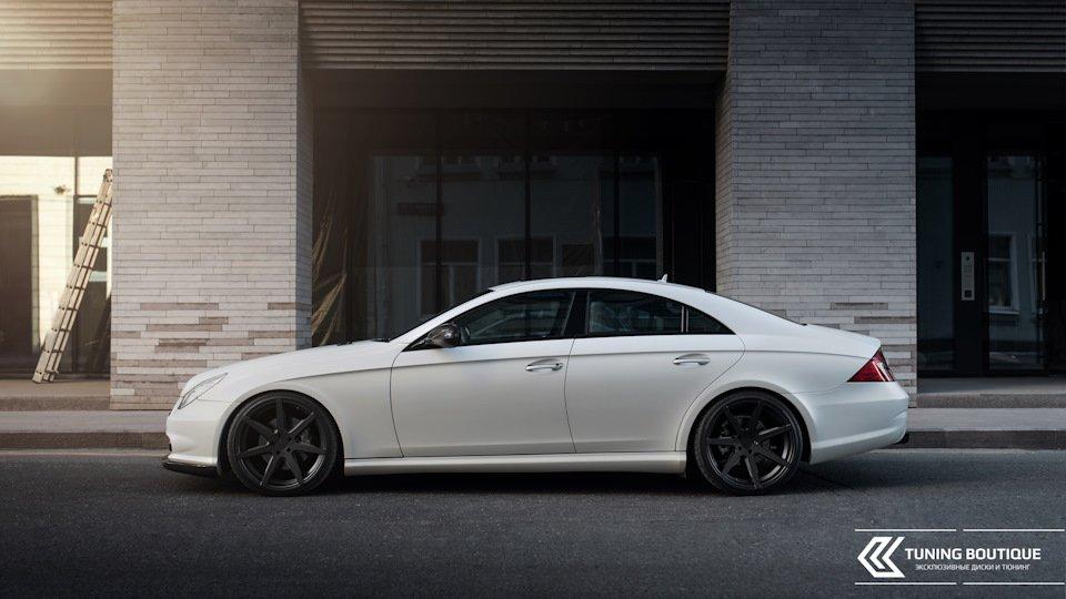 Mercedes-Benz W219 CLS Carbonized (142)