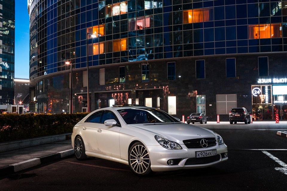 Mercedes-Benz W219 CLS Carbonized (14)