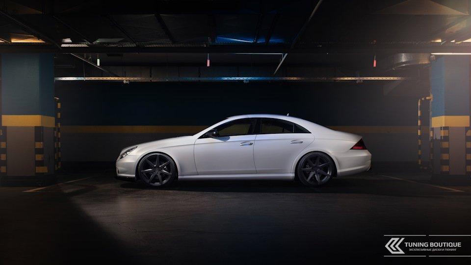 Mercedes-Benz W219 CLS Carbonized (159)