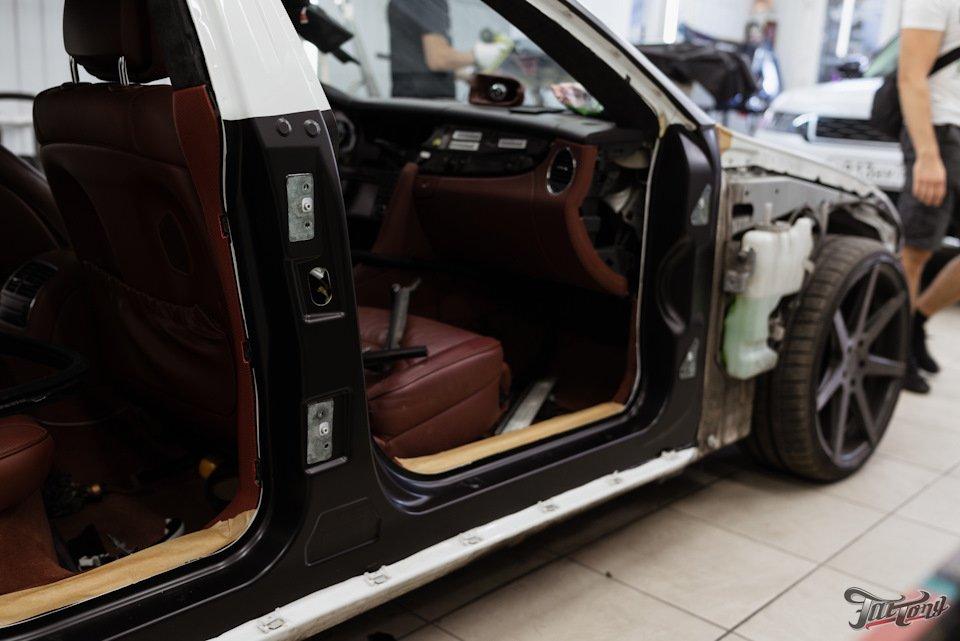 Mercedes-Benz W219 CLS Carbonized (160)