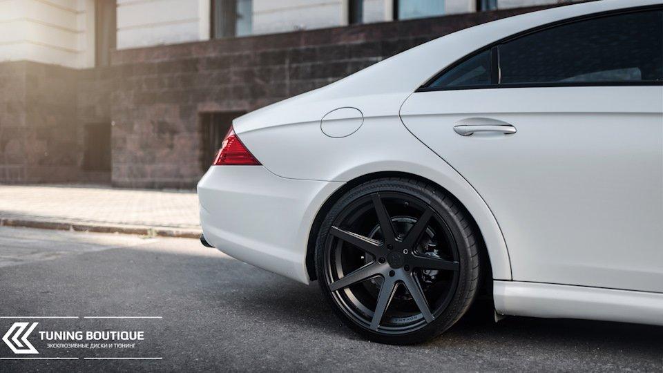 Mercedes-Benz W219 CLS Carbonized (161)