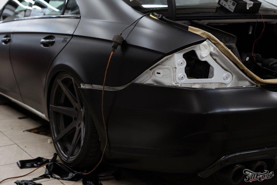 Mercedes-Benz W219 CLS Carbonized (163)