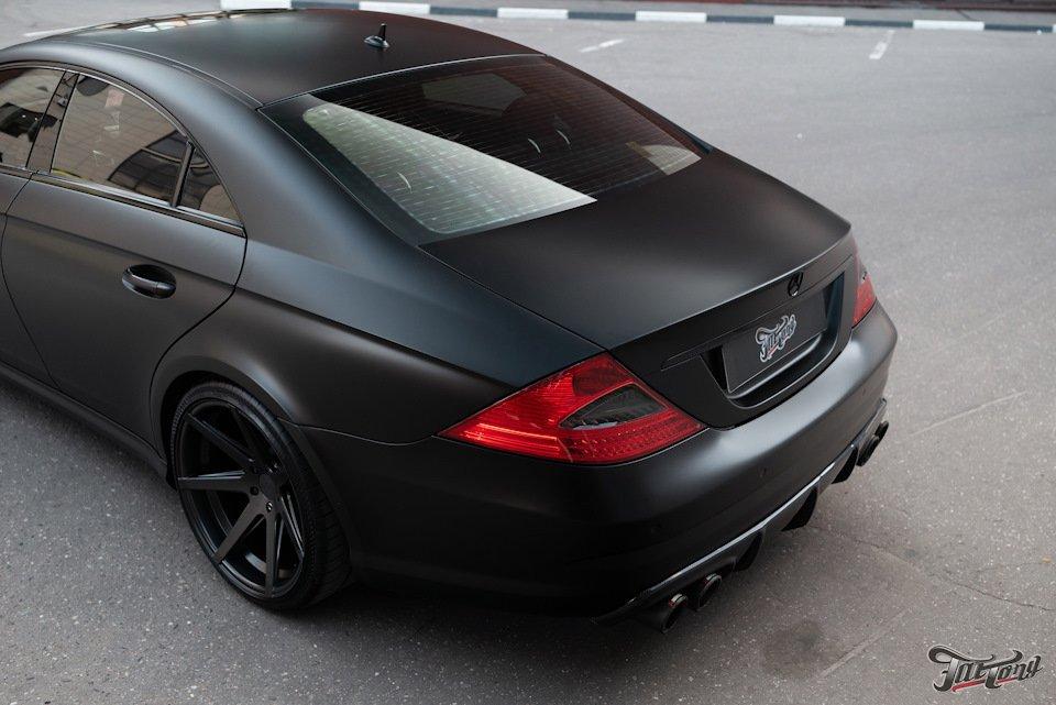 Mercedes-Benz W219 CLS Carbonized (164)