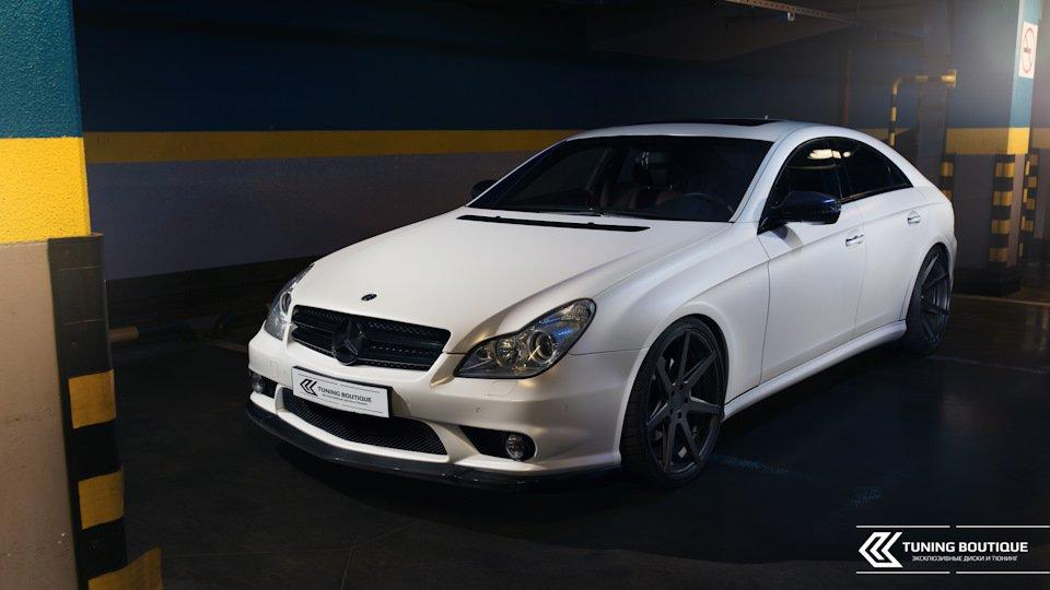 Mercedes-Benz W219 CLS Carbonized (18)