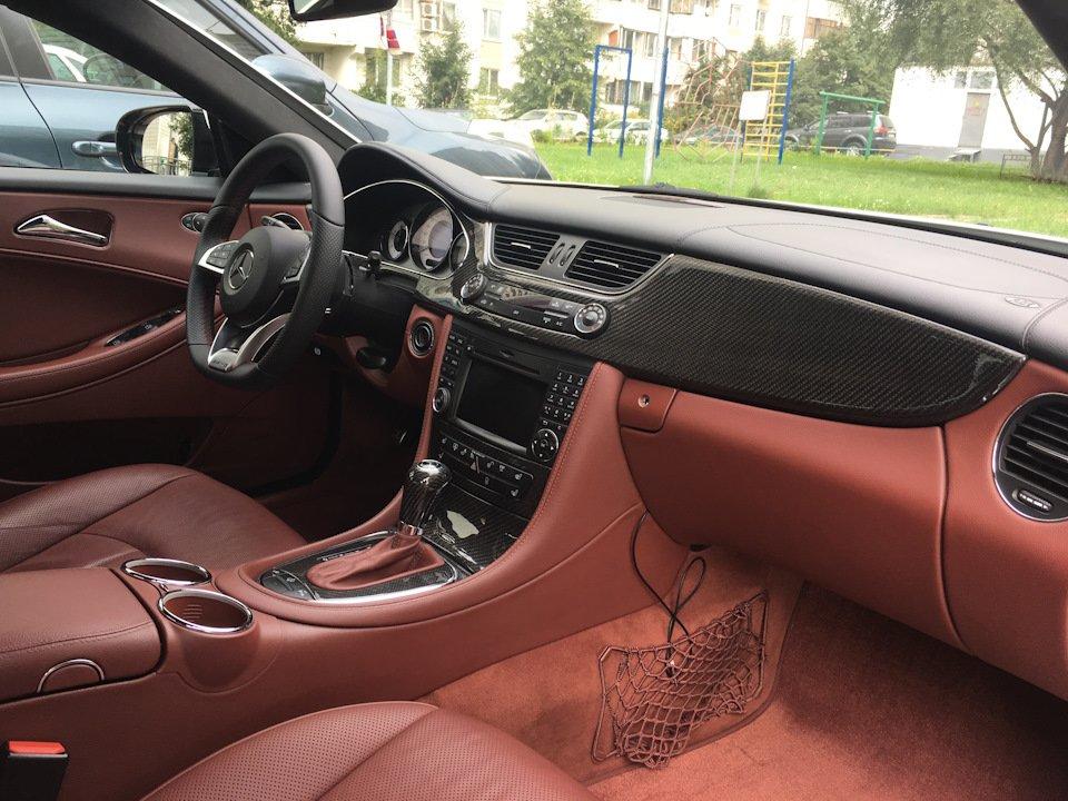 Mercedes-Benz W219 CLS Carbonized (22)