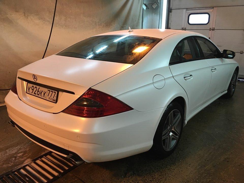 Mercedes-Benz W219 CLS Carbonized (3)