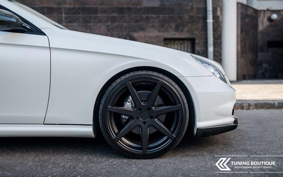 Mercedes-Benz W219 CLS Carbonized (42)