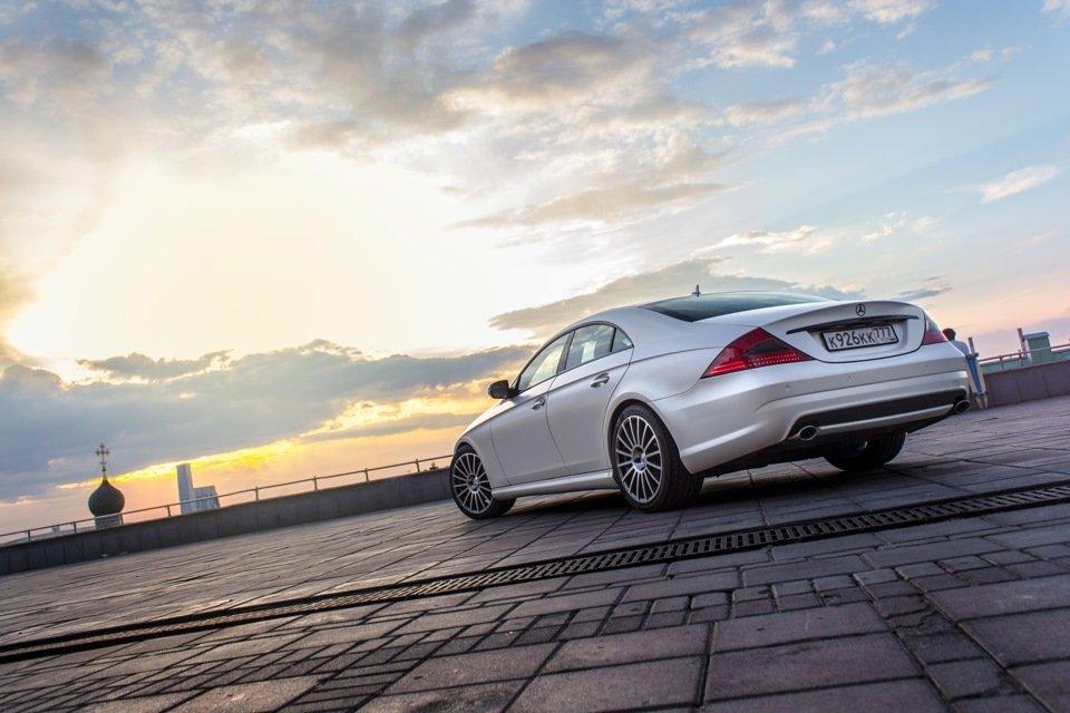 Mercedes-Benz W219 CLS Carbonized (46)
