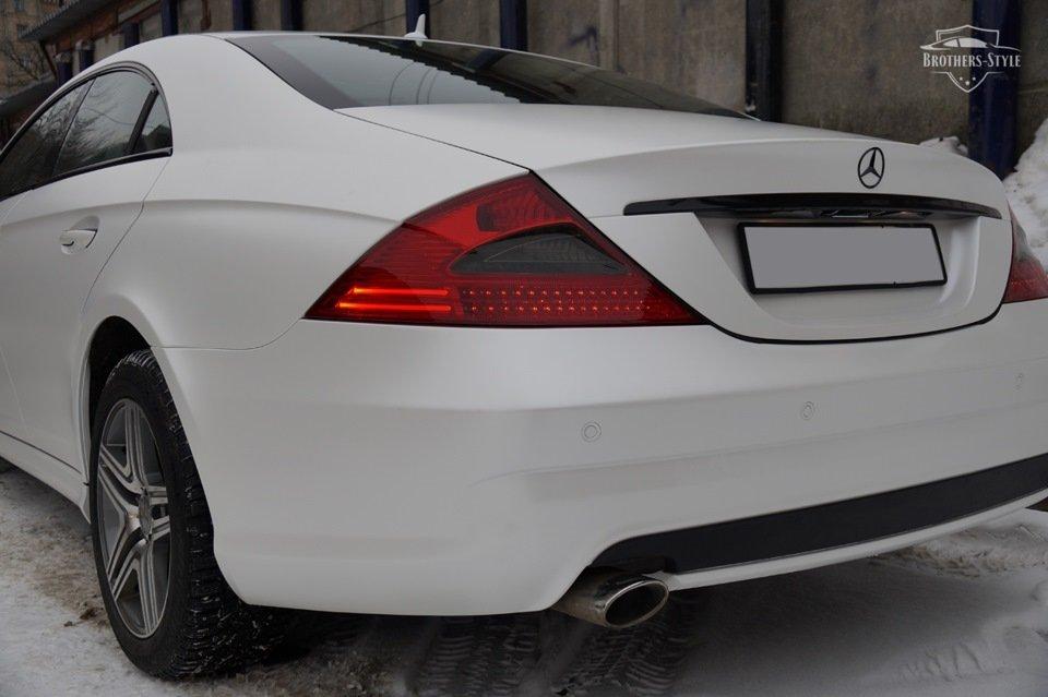 Mercedes-Benz W219 CLS Carbonized (52)