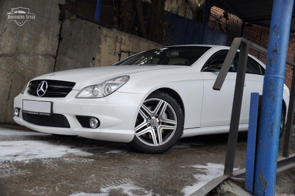 Mercedes-Benz W219 CLS Carbonized (53)