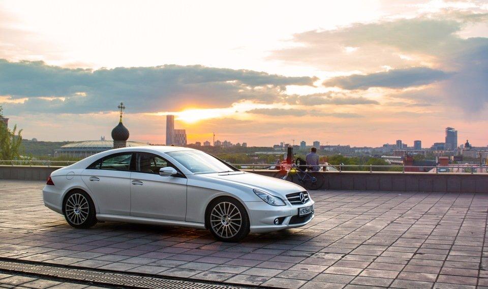 Mercedes-Benz W219 CLS Carbonized (54)
