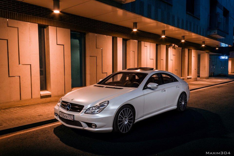 Mercedes-Benz W219 CLS Carbonized (57)