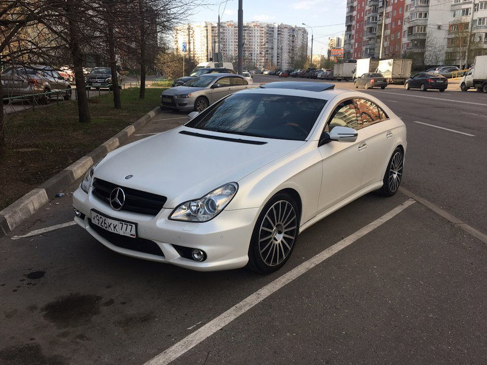 Mercedes-Benz W219 CLS Carbonized (93)