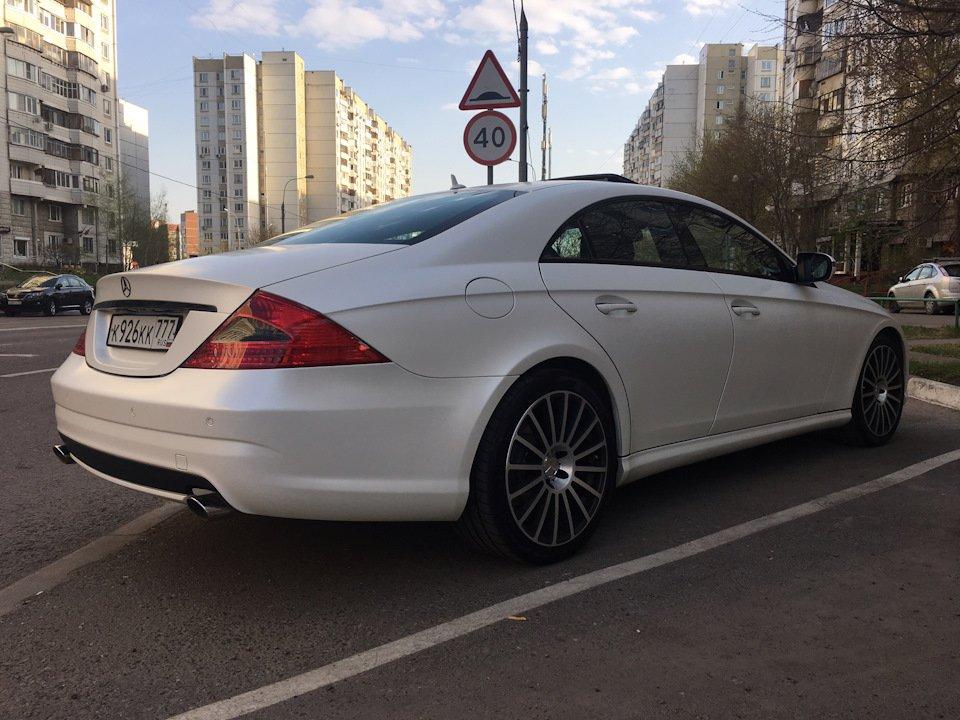 Mercedes-Benz W219 CLS Carbonized (95)