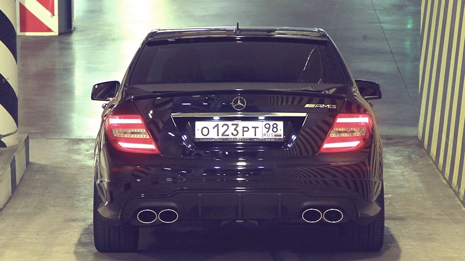 Mercedes C-class W204 АMG Styling (21)