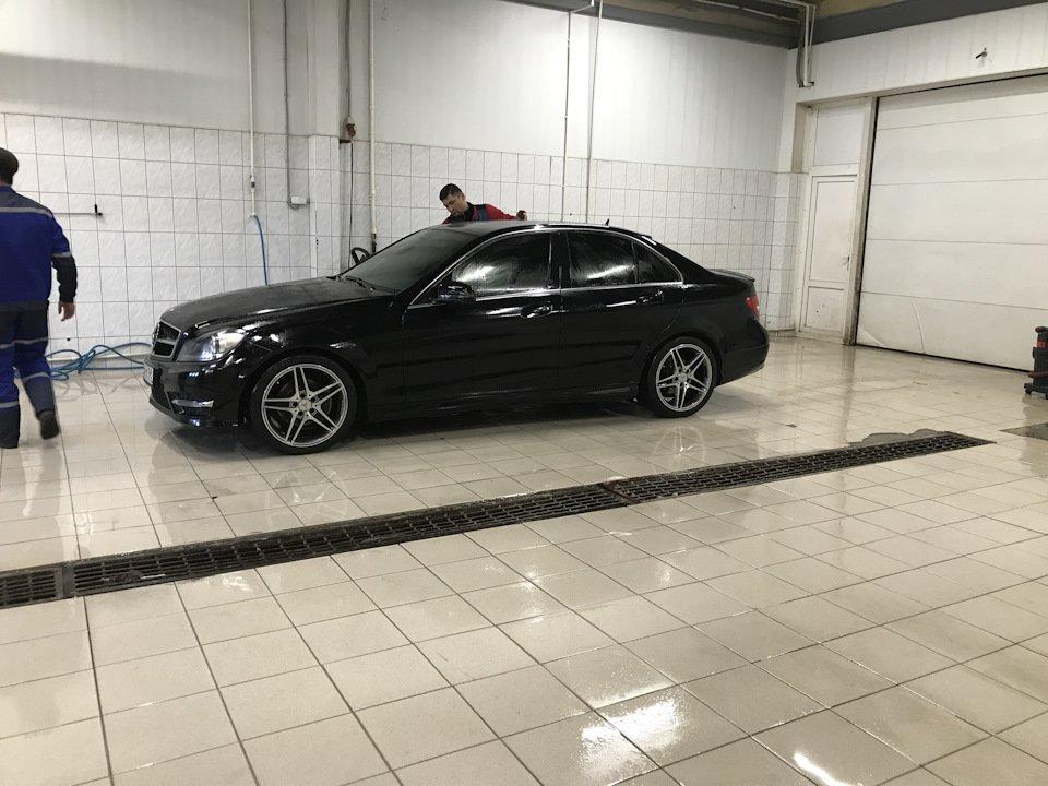 Mercedes C-class W204 АMG Styling (2)