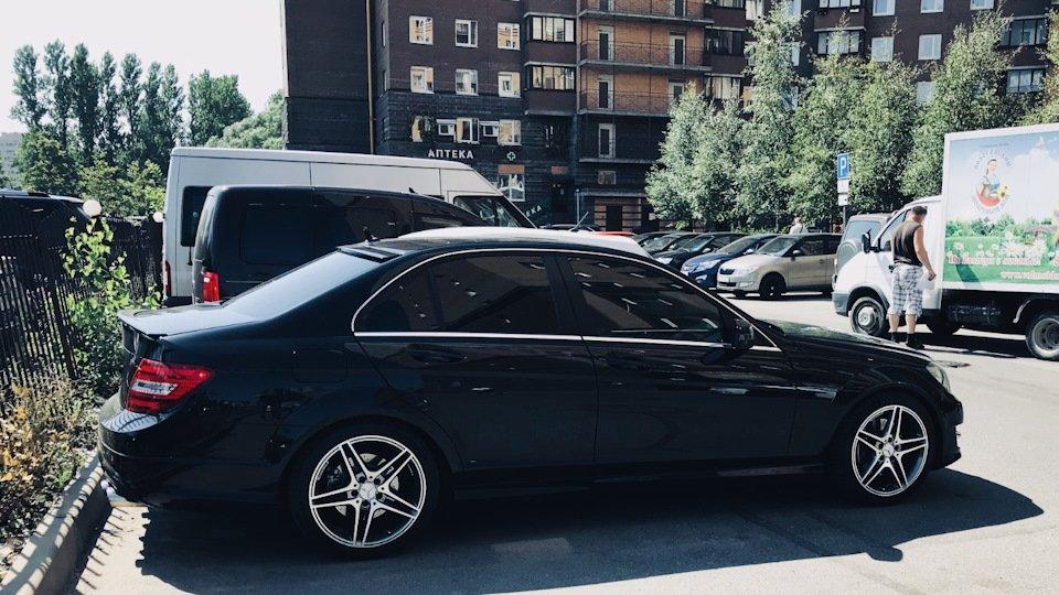 Mercedes C-class W204 АMG Styling (3)