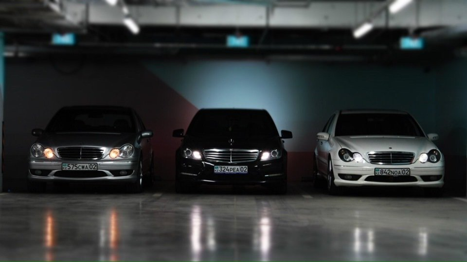 Mercedes C32 AMG W203 (11)