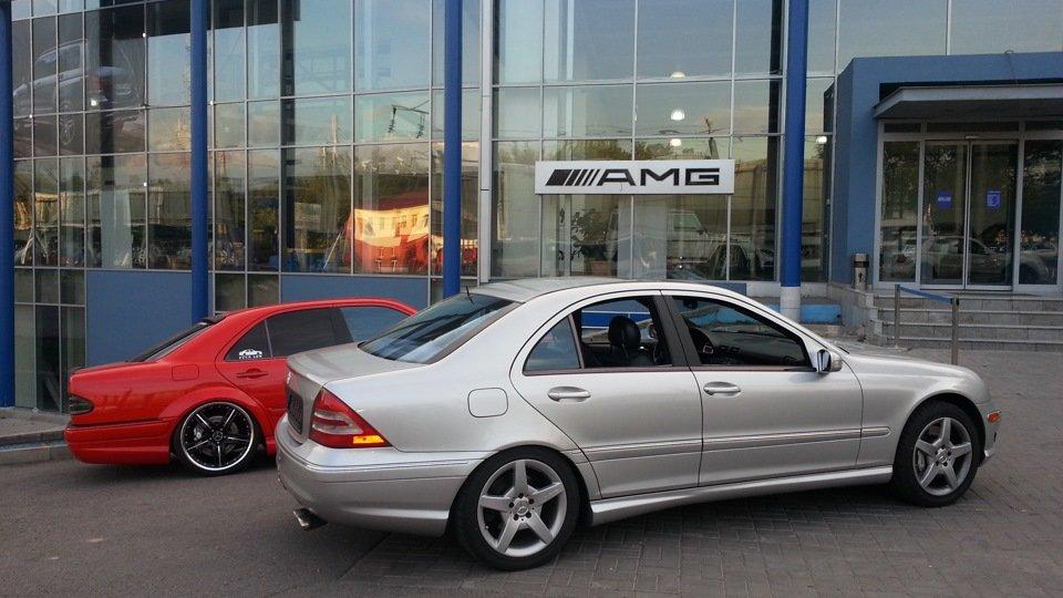 Mercedes C32 AMG W203 (35)