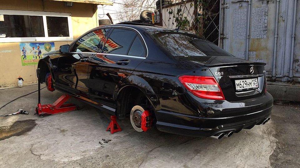 Mercedes C63 AMG W204 (13)