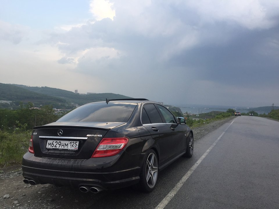 Mercedes C63 AMG W204 (3)