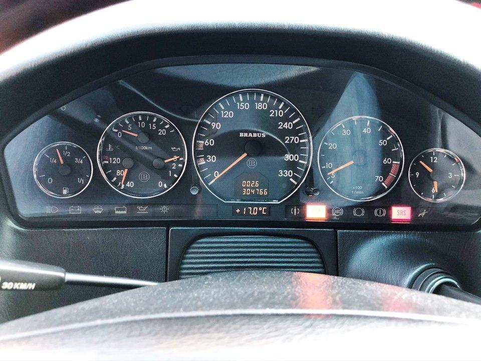 Mercedes CL600 С140 6.0 V12 (46)