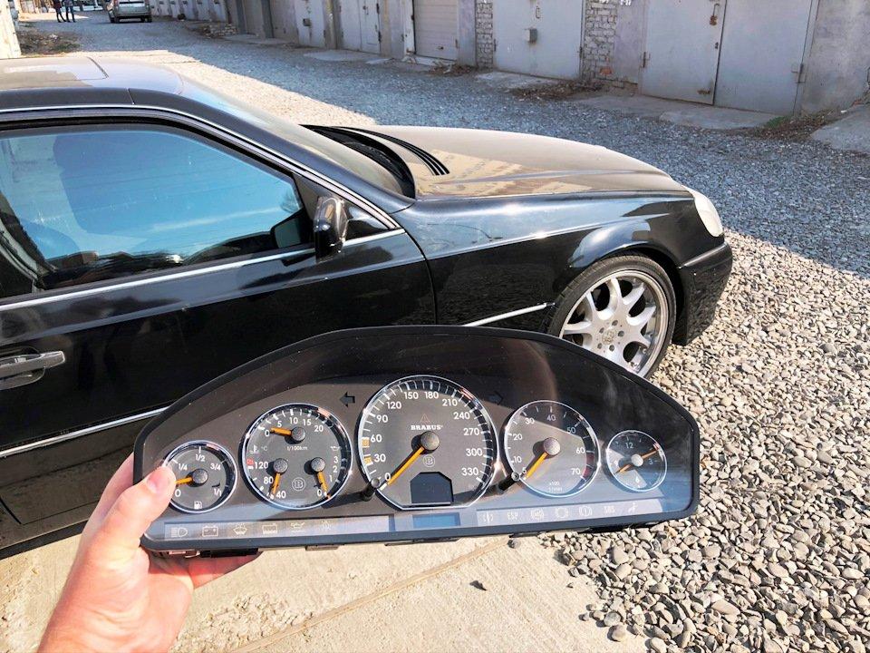 Mercedes CL600 С140 6.0 V12 (60)