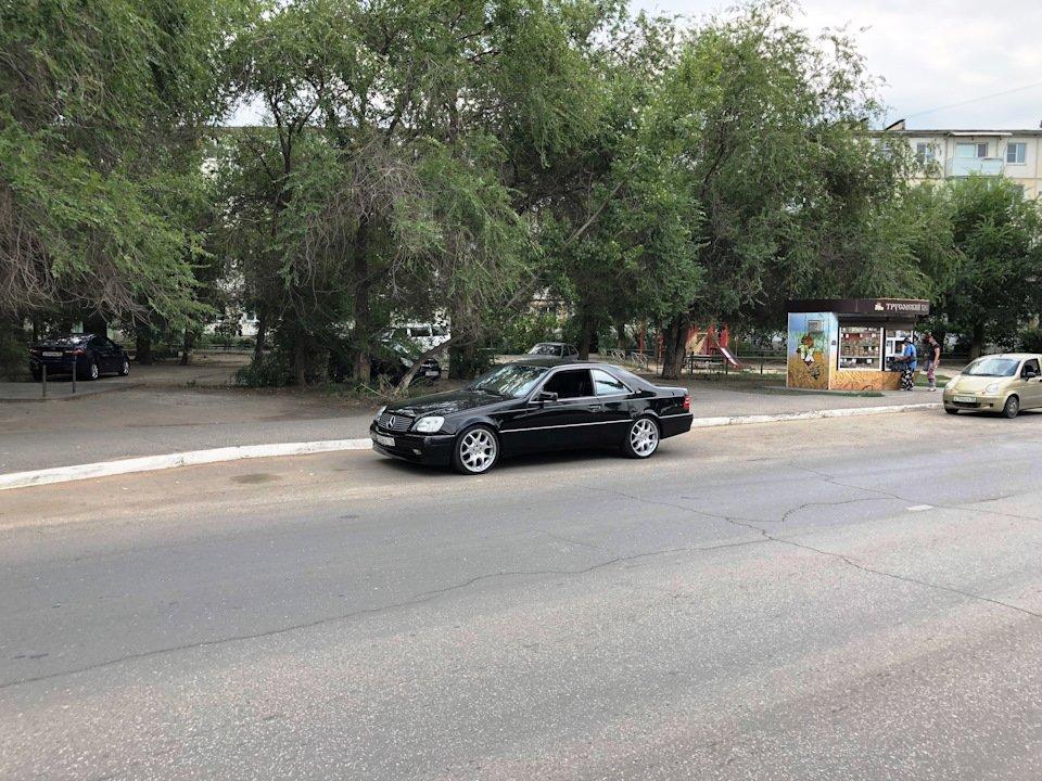 Mercedes CL600 С140 6.0 V12 (75)