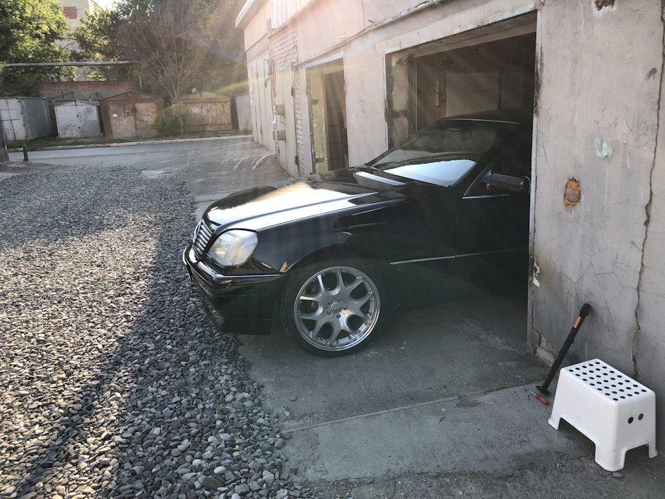 Mercedes CL600 С140 6.0 V12 (80)