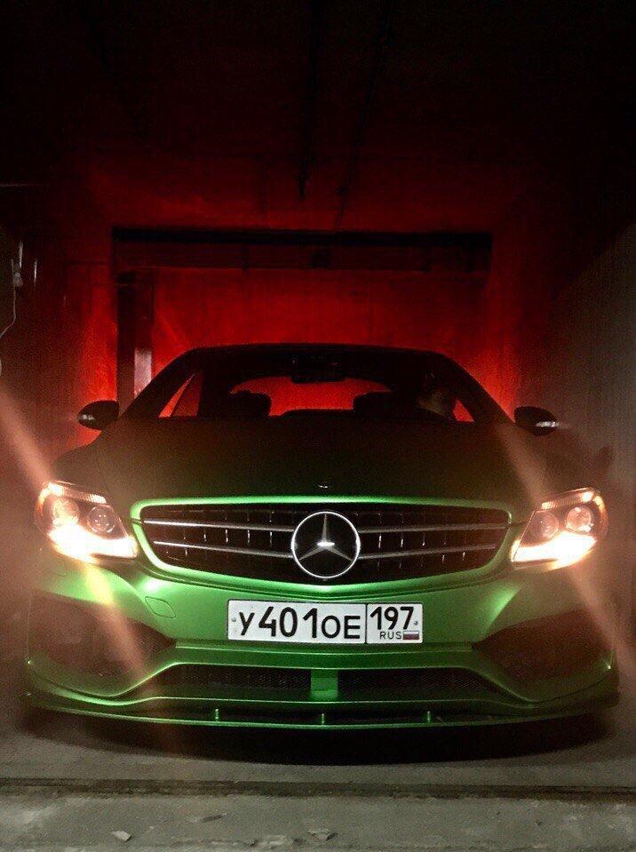Mercedes CL63 AMG W216 (2)