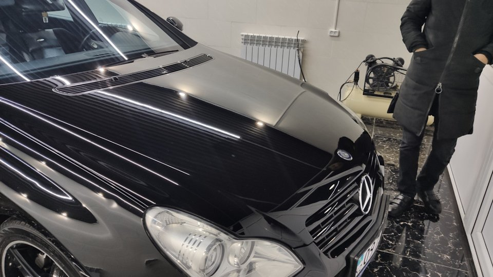 Mercedes CLS55 AMG Black (19)