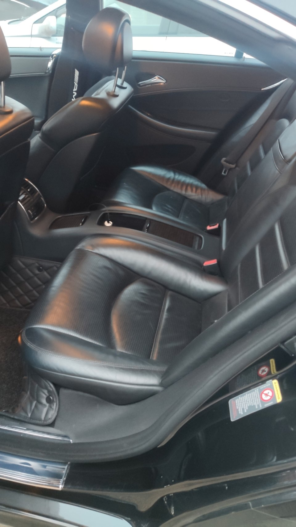 Mercedes CLS55 AMG Black (21)