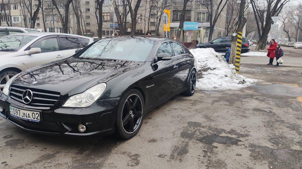 Mercedes CLS55 AMG Black (25)