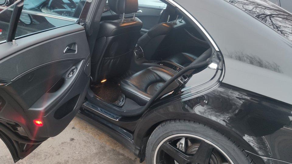 Mercedes CLS55 AMG Black (26)