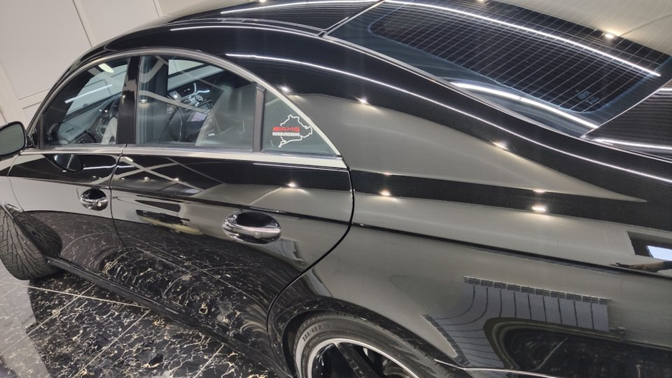 Mercedes CLS55 AMG Black (8)