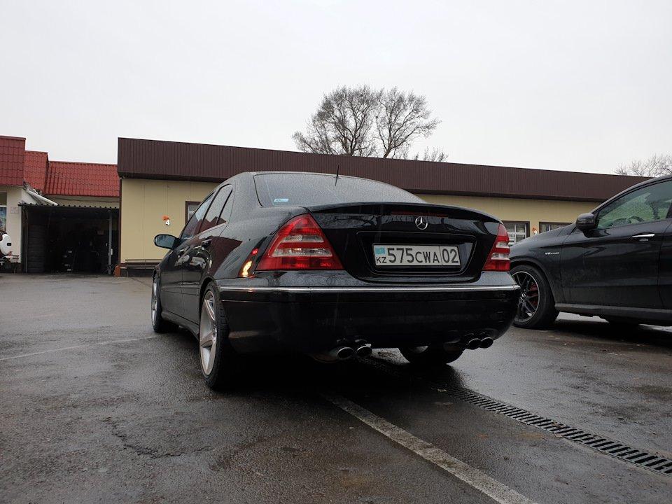 Mercedes C 55 AMG W203 (10)